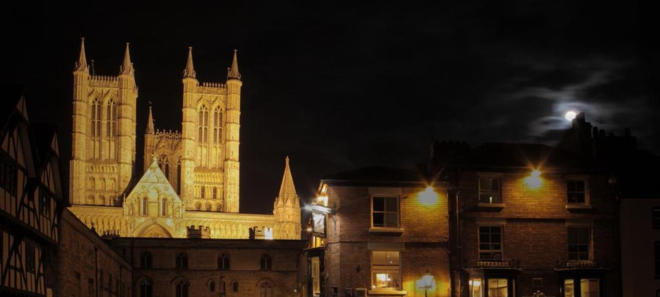 lincoln_cathedral_night.jpg